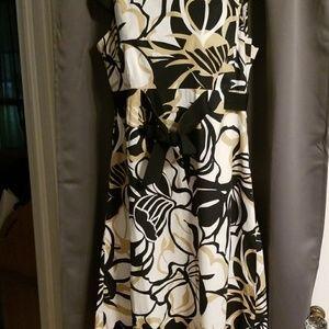Madison Leigh sleeveless dress size 10
